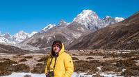Gading Marten berlibur ke Nepal (dok.Instagram@gadiiing/https://www.instagram.com/p/Bu7yj8onDXE/Adinda Kurnia)