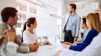Meeting menjadi satu momen penting untuk meyakinkan klien, supaya dapat bekerjasama dengan baik secara profesional. Ini triknya. (iStockphoto)