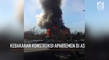 Kebakaran hebat melanda enam bangunan konstruksi apartemen di Denver, Amerika Serikat.