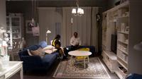 Pengunjung melihat perabot rumah tangga di IKEA saat membuka toko pertamanya di Hyderabad, India, Kamis (9/8). Lebih dari 200 pembeli menunjukkan antusiasme mereka dengan dibukanya furnitur asal Swedia itu untuk pertama kali. (AP/Mahesh Kumar A.)