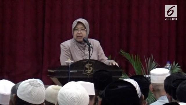 Walikota Surabaya, Tri Risma harini mengumpulkan pengurus takmir masjid se kota Surabaya, usai tragedi bom di tiga gereja.