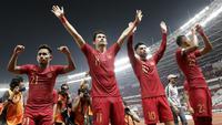 Bek Timnas Indonesia, Gavin Kwan, bersama rekan-rekannya merayakan kemenangan atas Timor Leste pada laga Piala AFF 2018 di SUGBK, Jakarta, Selasa (13/11). Indonesia menang 3-1 atas Timor Leste. (Bola.com/M. Iqbal Ichsan)