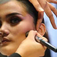 Benarkah penggunaan serum sebelum makeup itu penting?