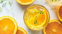 Ilustrasi jus jeruk peras (Sumber: Pixabay)