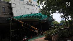Suasana Gedung Granadi di Jalan HR Rasuna Said Kuningan, Jakarta, Rabu (21/11). Kejaksaan Agung sebelumnya melakukan gugatan terhadap Yayasan Supersemar untuk menyita Gedung Granadi. (Liputan6.com/JohanTallo)