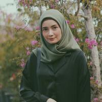 Model jilbab Dhatu Rembulan. (Foto: instagram/ dhaturembulan)