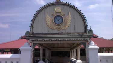 Menu Berbuka di Masjid Gedhe Yogya, Gulai dan Oblok-oblok