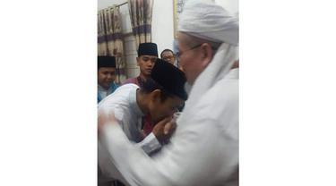 Kenangan Ustaz Abdul Somad bersama Ustaz Tengku Zulkarnain.