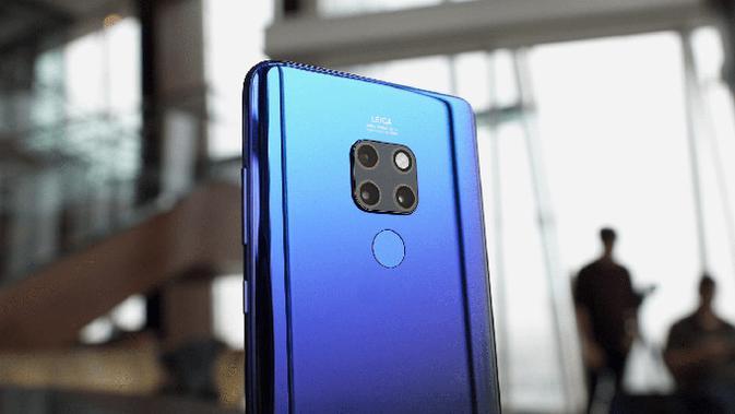 Huawei Mate 20. (Doc: Danny Winget)