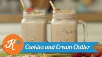 Cuaca panas? Hilangkan dahaga dengan cookies and cream chiller, milkshake seru yang mudah untuk Anda buat sendiri di rumah. (Foto: Kokiku Tv)