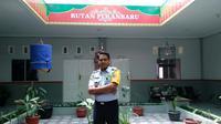 Kepala Rutan Sialang Bungkuk Klas IIB Pekanbaru, Riau, Azhar.  (Virda Elisya/JawaPos.com)