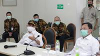 Menteri Koordinator Bidang Pembangunan Manusia dan Kebudayaan Muhadjir Effendy dan Menteri Kesehatan Terawan Agus Putranto mendatangi Rumah Sakit Hasan Sadikin (RSHS) Bandung. (sumber foto : Humas RSHS)