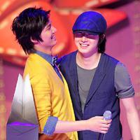 Jung Il Woo dan Lee Min Ho sudah menjalin persahabatan sejak lama. Ternyata saat masih kecil, mereka sudah saling kenal. Karena punya kepribadian yang hampir sama, mereka pun semakin dekat. (Foto: dramafever.com)