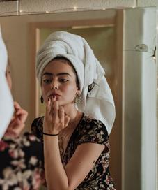 makeup aman/unsplash