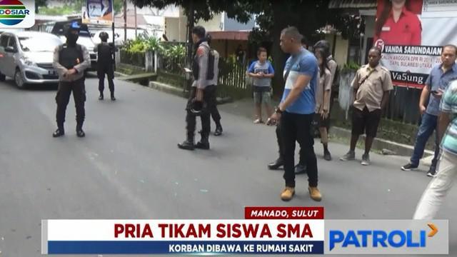 Menurut saksi, pelaku yang pergi menggunakan motor selepas bertangkar dengan kekasihnya, hampir menabrak korban saat melintas.