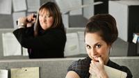 Orang menyebalkan di kantor memang sangat banyak. Jangan sampai kamu juga ikut-ikutan menyebalkan seperti mereka.   via: alluremedia.com.au
