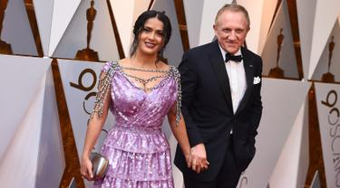Salma Hayek di Piala Oscar 2018