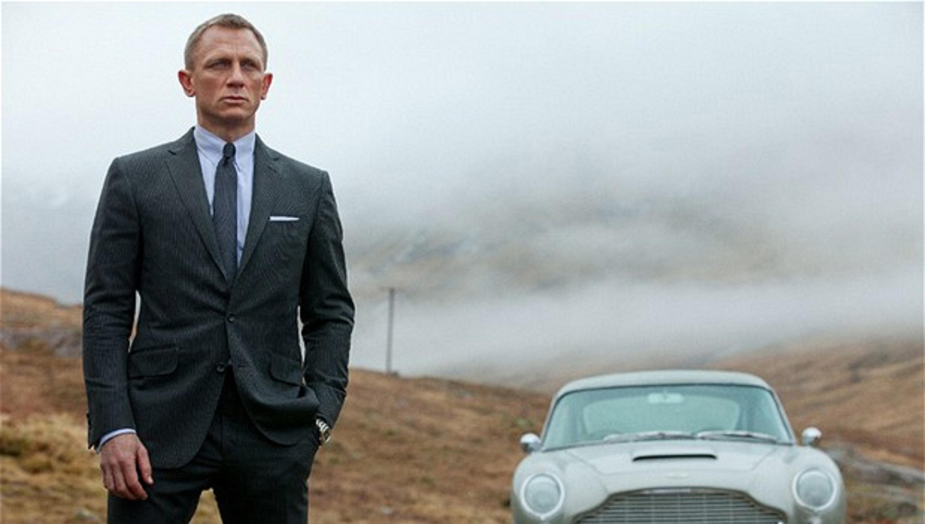 Daniel Craig, sosok yang dianggap tepat memerankan karakter James Bond, mata-mata asal Inggris.