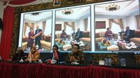 Megawati bertemu dengan PM Malaysia Mahathir Muhamad.