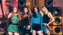 Akan tetapi dari banyak lagu yang diselesaikan, hanya keempat lagu ini yang paling mereka sukai. Jisoo menambahkan jika BLACKPINK aakan tampil dengan konsep yang berbeda. (Foto: Soompi.com)
