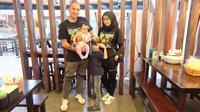 Richa Novisha dan Gary Iskak   bersama kedua anaknya (Dok. Pribadi)
