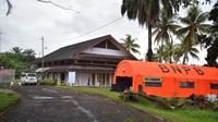 Puluhan pasien positif Covid-19 sudah mulai dikarantina di gedung diklat yang berada di Desa Tamansari, Kecamatan Licin, Banyuwangi