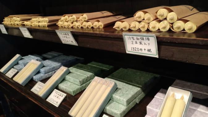 Penjual lilin tradisional Jepang di Uchiko (Liputan6.com/ Mevi Linawati)