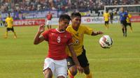 Timnas U-19 Vs Semen Padang (Helmi Fithriansyah)