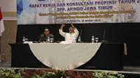 Cagub Jatim Syaifullah Yusuf berbicara di depan pengusaha. (Dian Kurniawan/Liputan6.com)
