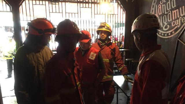 Tabung Gas Meledak Di Kafe Lima Orang Menderita Luka Bakar Regional Liputan6 Com