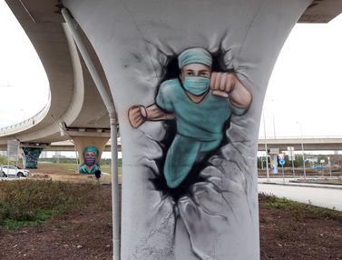 FOTO: Ankara Gunakan Grafiti Lambangkan Kerja dan Dedikasi Petugas Kesehatan