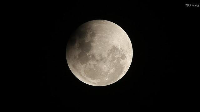 [Bintang] 5 Mitos Gerhana Bulan yang Selalu Saja Bikin Heboh
