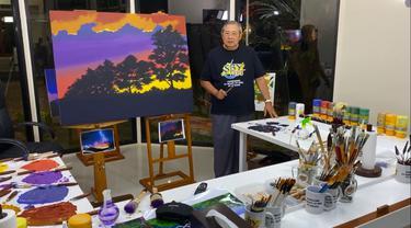 SBY Buat Lukisan di Momen Ulang Tahun Ani Yudhoyono