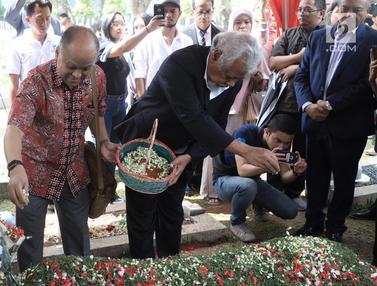 Xanana Gusmao dan Rakyat Timor Leste Ziarahi Makam BJ Habibie