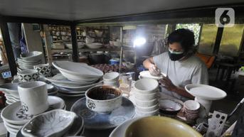 FOTO: Keramik Bojongsari Depok Tetap Bertahan di Masa Pandemi