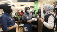 Menteri Ketenagakerjaan, Ida Fauziyah, mengunjungi pusat perbelanjaan Kota Kasablanka (Kokas) di kawasan Tebet, Jakarta Selatan, Rabu (17/6/2020).