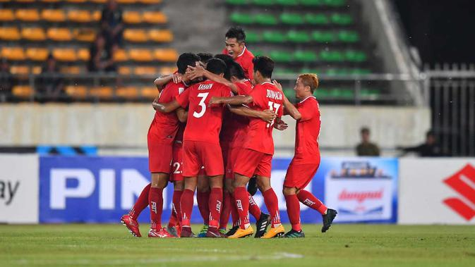 Gelandang Myanmar, Hlaing Bo Bo, menjadi salah satu pemain muda yang bersinar di Piala AFF 2018. (dok. AFF)