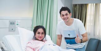 Andrew Andika dan Tengku Dewi Putri (Instagram/tengkudewiputri_tdp)