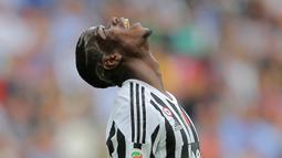 Paul Pogba. Ia didatangkan Juventus secara gratis dari Manchester United pada musim 2012/2013. Dua musim bersama Setan Merah, ia hanya tampil 7 kali. Empat musim di Juventus, ia menjelma menjadi bintang dan tampil dalam 178 laga dengan torehan 34 gol. (Foto: AFP/Marco Bertorello)