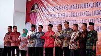 Sebanyak 9 bupati se Provinsi Bengkulu melakukan penandatanganan nota kesepahaman untuk program kabupaten layak anak di kampung Yuyun kabupaten Rejang Lebong Bengkulu (Liputan6.com/Yuliardi Hardjo)