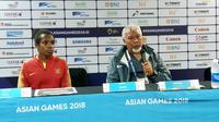 Pelatih Timnas putri Indonesia, Satya Bagja, seusai pertandingan kontra Chinese Taipei, Minggu (19/8/2018). (Bola.com/Riskha Prasetya)