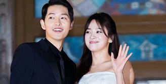 Walaupun pernikahannya sudah berlangsung pada 31 Oktober 2017, akan tetapi pernikahan Song Joong Ki dan Song Hye Kyo masih membuat publik penasaran. (Foto: Allkpop.com)