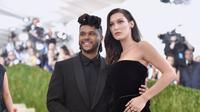 Selena Gomez sendiri baru mengunfollow Instagram The Weeknd pada tanggal 17 November lalu usai mantannya tersebut tertangkap bertemu dengan Bella Hadid. (Mike Coppola / GETTY IMAGES NORTH AMERICA / AFP)