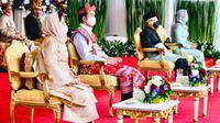 Presiden Joko Widodo atau Jokowi bersama Ibu Negara Iriana Joko Widodo didampingi Wakil Presiden Ma'ruf Amin beserta Ibu Wury Ma'ruf Amin menghadiri Upacara Peringatan Detik-Detik Proklamasi 1945 di Istana Merdeka, Jakarta, Senin (17/8/2020). (Foto: Biro Pers Sekretariat Presiden)