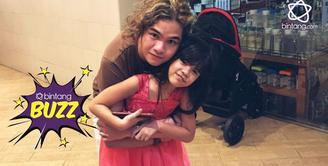 Anak ketiga Ahmad Dhani dari pernikahnnya bersama Maia Estianty, Dul Jaelani berikan sebuah pernyataan tepat di momen hari ulang tahun sang adik, Shafeea, yang ke-7.