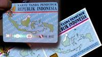 KPK menggeledah setidaknya 3 rumah di wilayah Tangerang Selatan terkait masalah e-KTP.