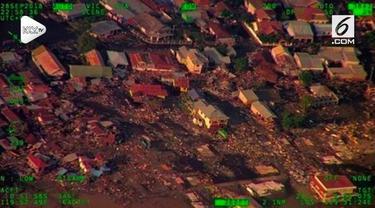 Gempa bumi berkekuatan magnitudo 7,4 yang mengguncang Kabupaten Donggala dan Kota Palu, Sulawesi Tengah pada Jumat 28 September 2018 menimbulkan fenomena likuifaksi atau 'tanah bergerak'.