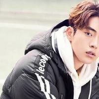 Nam Joo Hyuk memulai kariernya di dunia model saat tampil di Seoul Fashion Week 2014. Ia pun mencoba peruntungannya di dunia akting dengan bermain dalam drama The Idle Mermaid. (Foto: soompi.com)