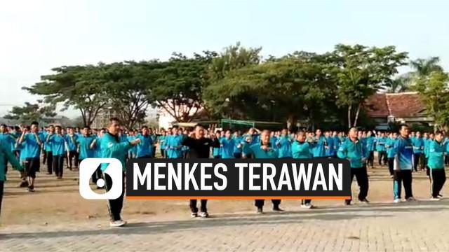 Menteri Kesehatan Terawan Putranto mengunjungi Pondok Pesantren Gontor Jawa Timur. Terawan berpesan agar ponpes menjaga lingkungan agar tidak menularkan penyakit.