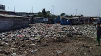 Hamparan sampah di Kampung Bengek, Penjaringan Utara, Jakarta Utara. (Liputan6.com/Ady Anugrahadi)